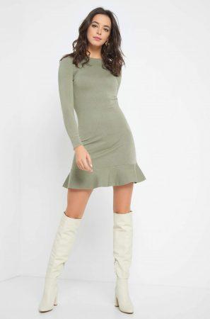 Rochie de tricot cu volănașe